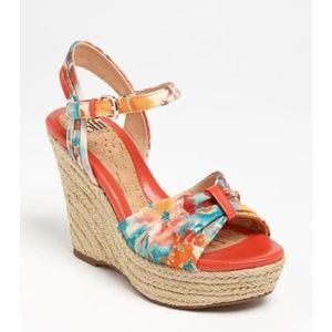 Sofft Peggie Floral Wedge Sandal in Peach Sz 6 EUC